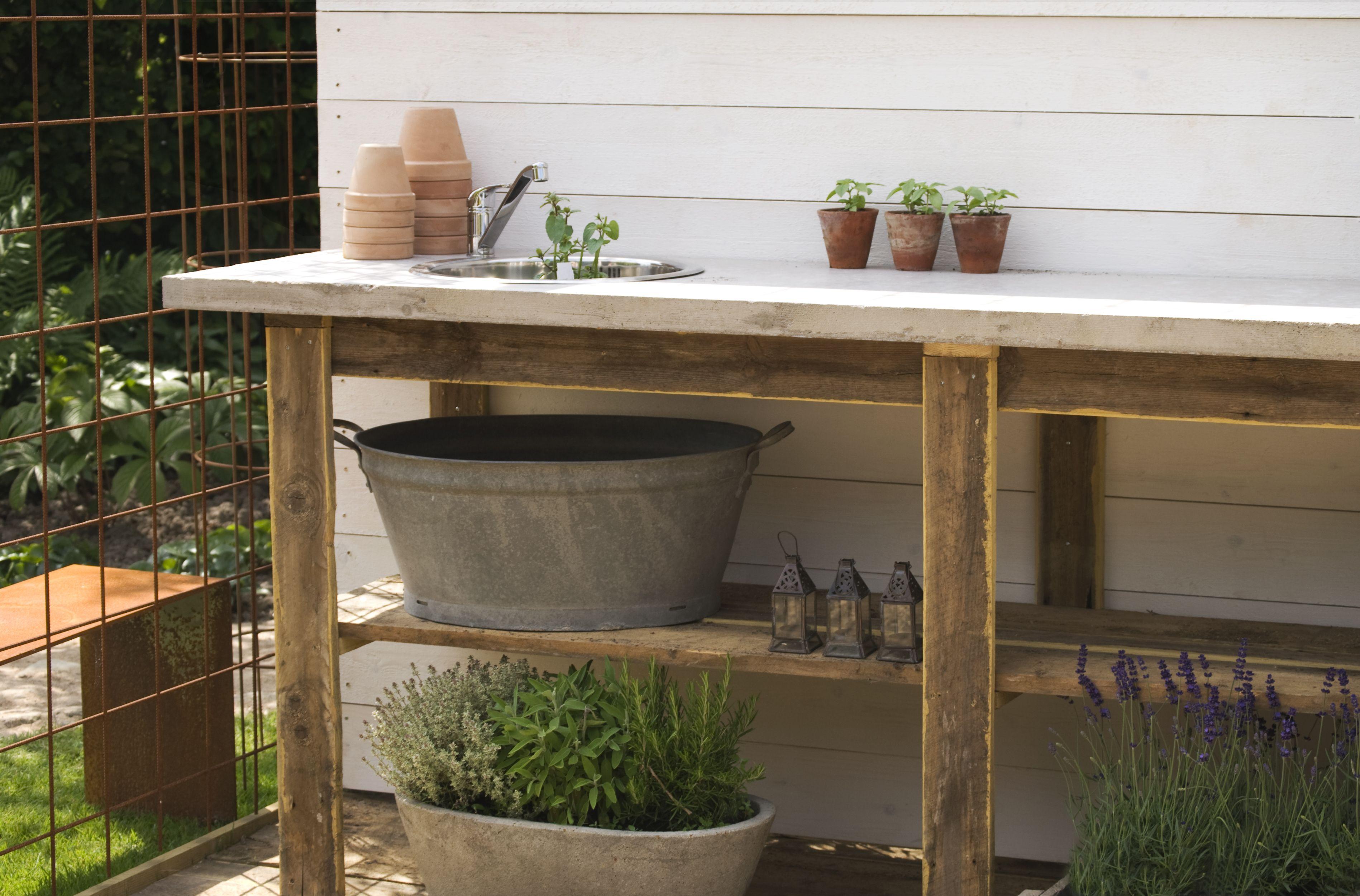 20 Best Potting Benches That Make Garden Work Fun