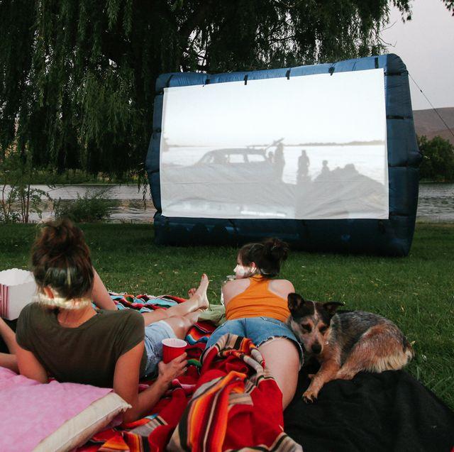 backyard outdoor movie