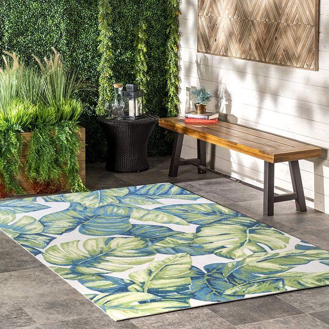 nuloom monstera leaf outdoor rug