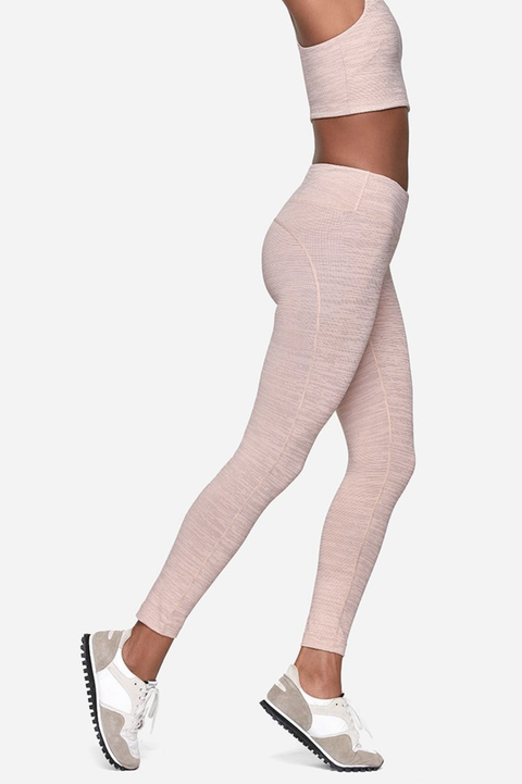 3e20bb57ad695 5 Best Workout Leggings for Women - Sweatproof Gym Tights