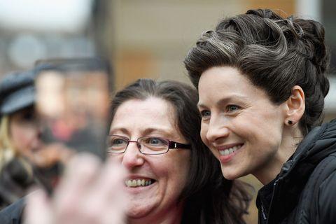 Caitriona Balfe filming Outlander Season 4