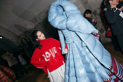 Moncler, 名人訪問,  專訪, 歐陽娜娜, 米蘭時裝週, 羽絨衣,女星穿搭,羽絨外套