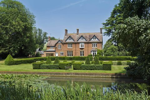 A breathtaking Victorian vicarage in Hertfordshire