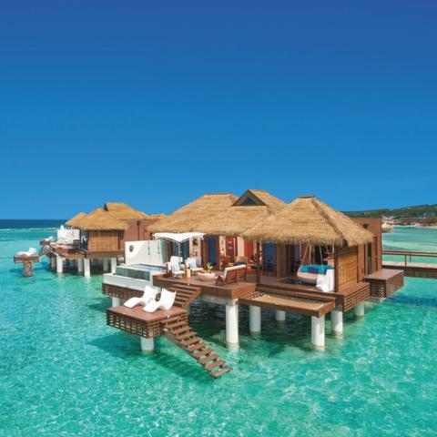 Resort, Vacation, Sea, Azure, Seaside resort, Tourism, Caribbean, Coastal and oceanic landforms, Swimming pool, Lagoon,