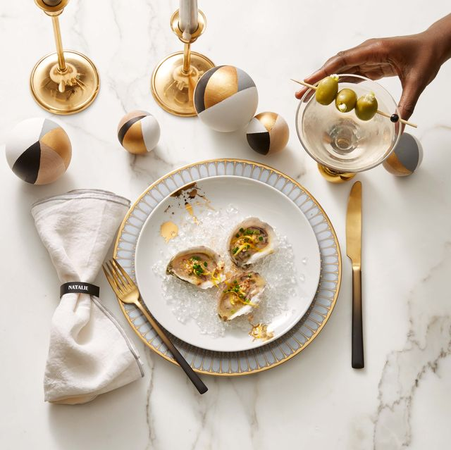 oysters with mustard horseradish relish