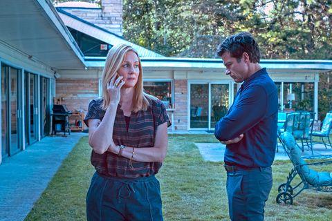 Laura Linney y Jason Bateman en una escena de la tercera temporada de 'Ozark'