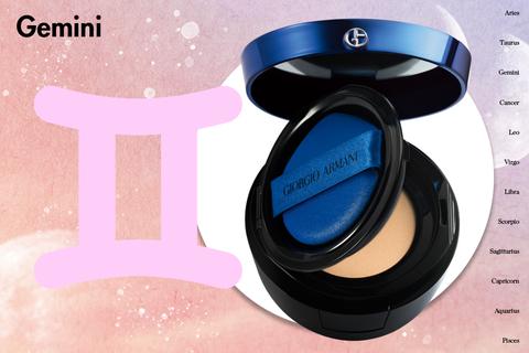 Product, Eye shadow, Skin, Pink, Violet, Beauty, Eye, Cheek, Powder, Material property,