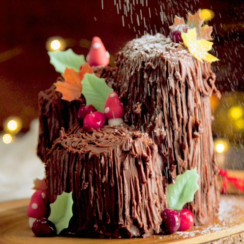 mulled wine yule stump cake