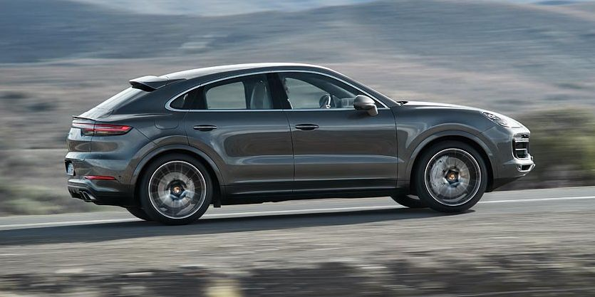2020 Porsche Cayenne Coupe Looks Like a Big Macan