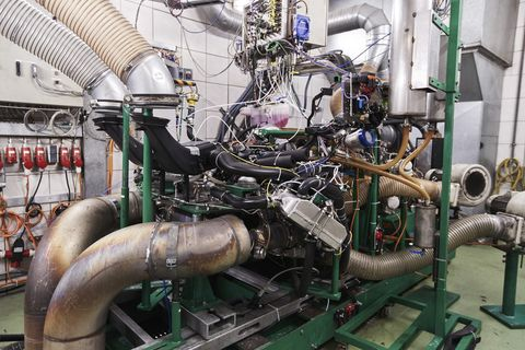 porsche engine test