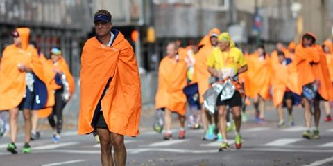Runners in NYCM Ponchos