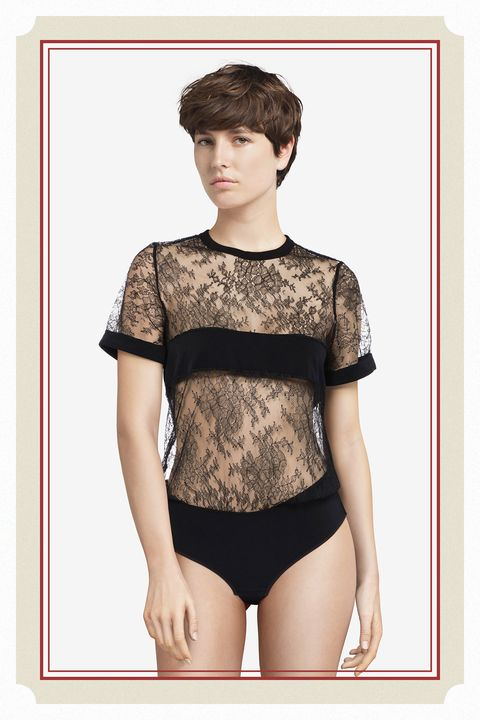 Sleeve, Shoulder, Joint, Waist, Style, Elbow, Bangs, Thigh, Chest, Trunk,