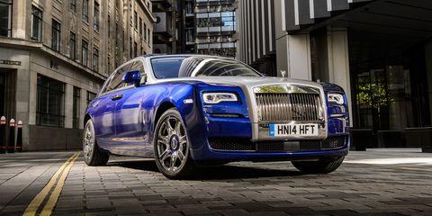 Land vehicle, Vehicle, Car, Luxury vehicle, Automotive design, Rolls-royce phantom, Rolls-royce, Rolls-royce ghost, Rolls-royce wraith, Sedan,