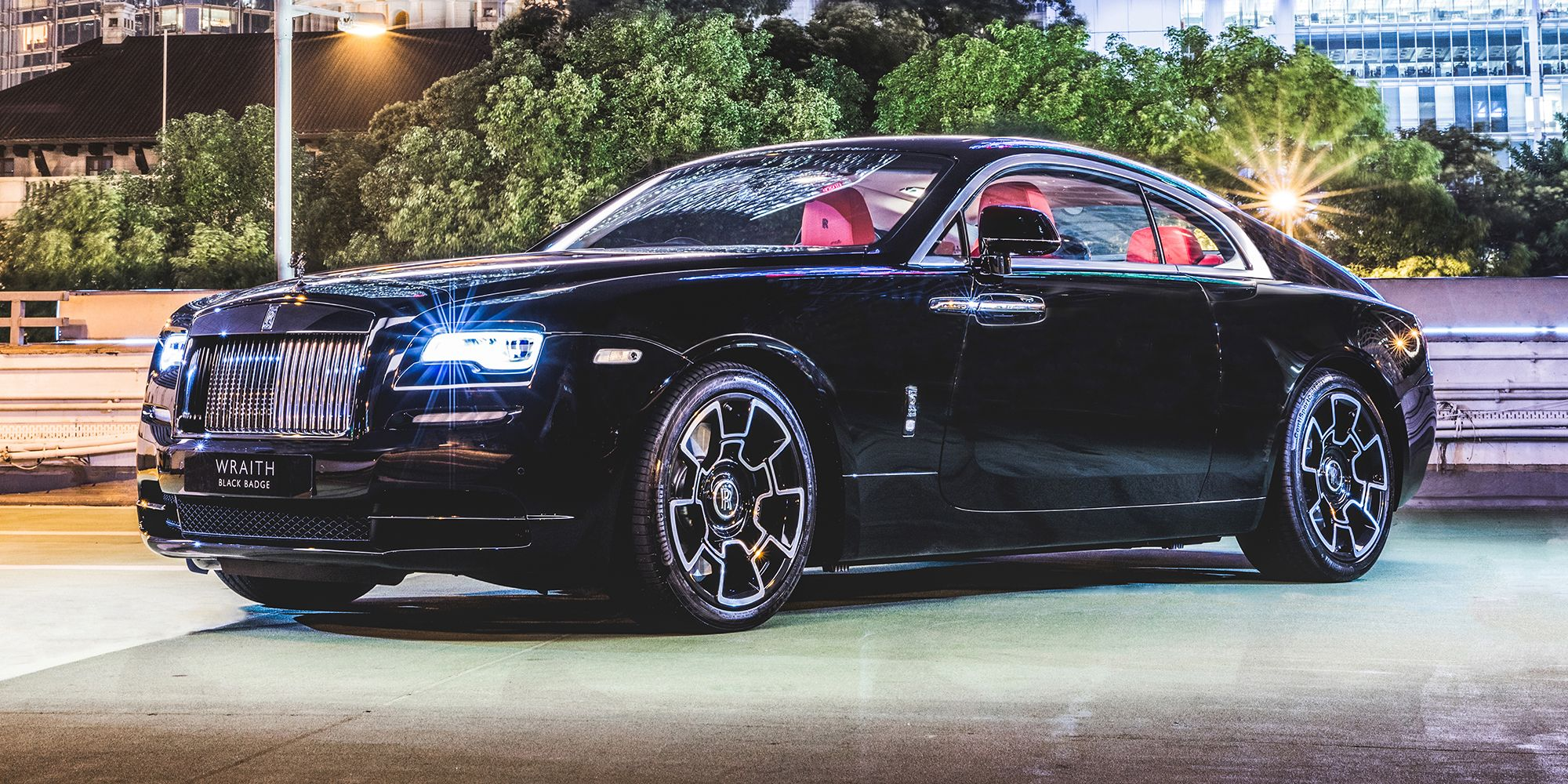 The Rolls Royce Wraith Black Badge Costs Many First Class Plane