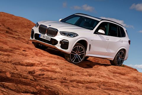 Land vehicle, Vehicle, Car, Bmw, Automotive design, Regularity rally, Motor vehicle, Natural environment, Luxury vehicle, Personal luxury car,