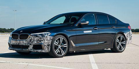 Land vehicle, Vehicle, Car, Luxury vehicle, Rim, Personal luxury car, Automotive design, Bmw, Performance car, Alloy wheel,