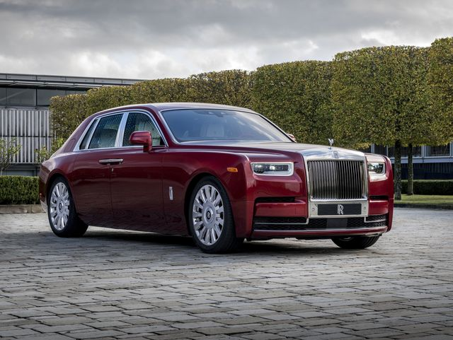 2020 Rolls-Royce Phantom Review, Pricing, and Specs