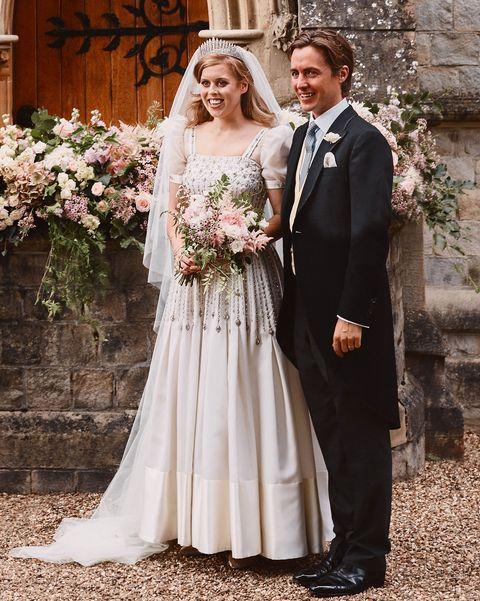 Princess Beatrice S Wedding Dress Details Designer More