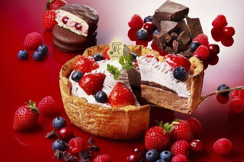 Dish, Food, Cuisine, Frutti di bosco, Frozen dessert, Dessert, Berry, Fruit cake, Ingredient, Fruit,