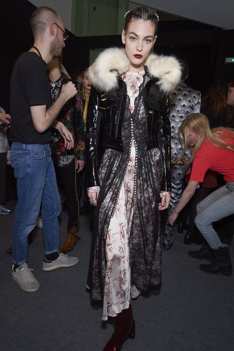 Fur clothing, Fur, Clothing, Fashion, Textile, Haute couture, Outerwear, Event, Fashion design, Dress,