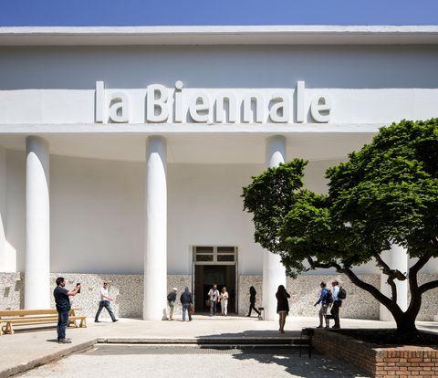 il padiglione centrale ai giardini della biennale di venezia