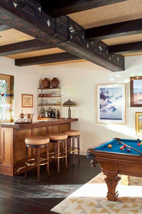 Room, Furniture, Recreation room, Interior design, Property, Ceiling, Billiard room, Table, Building, Billiard table,