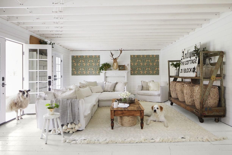 8 Best Painted Floors - Painting a Floor Ideas
