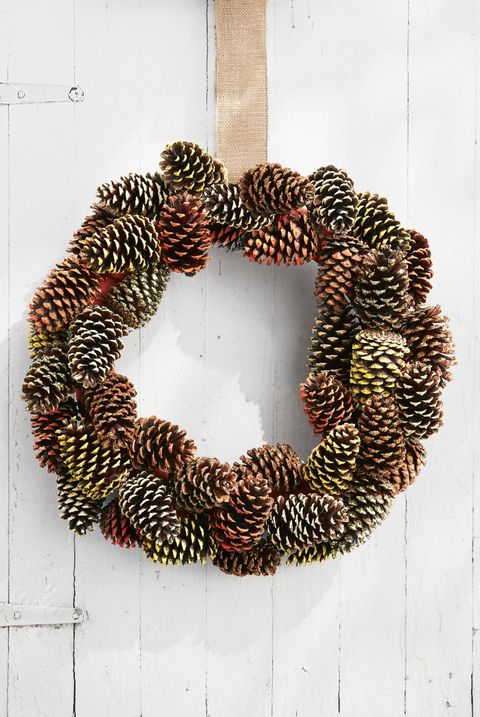pine cone wreath fall crafts