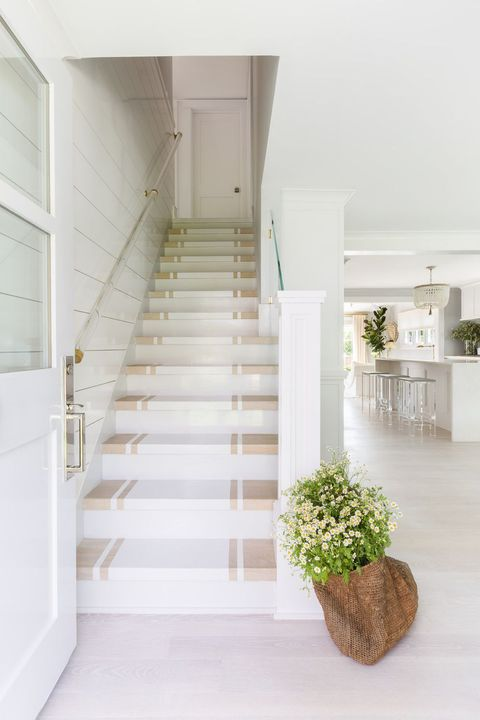 25 Pretty Painted Stair Ideas Creative Ways To Paint A