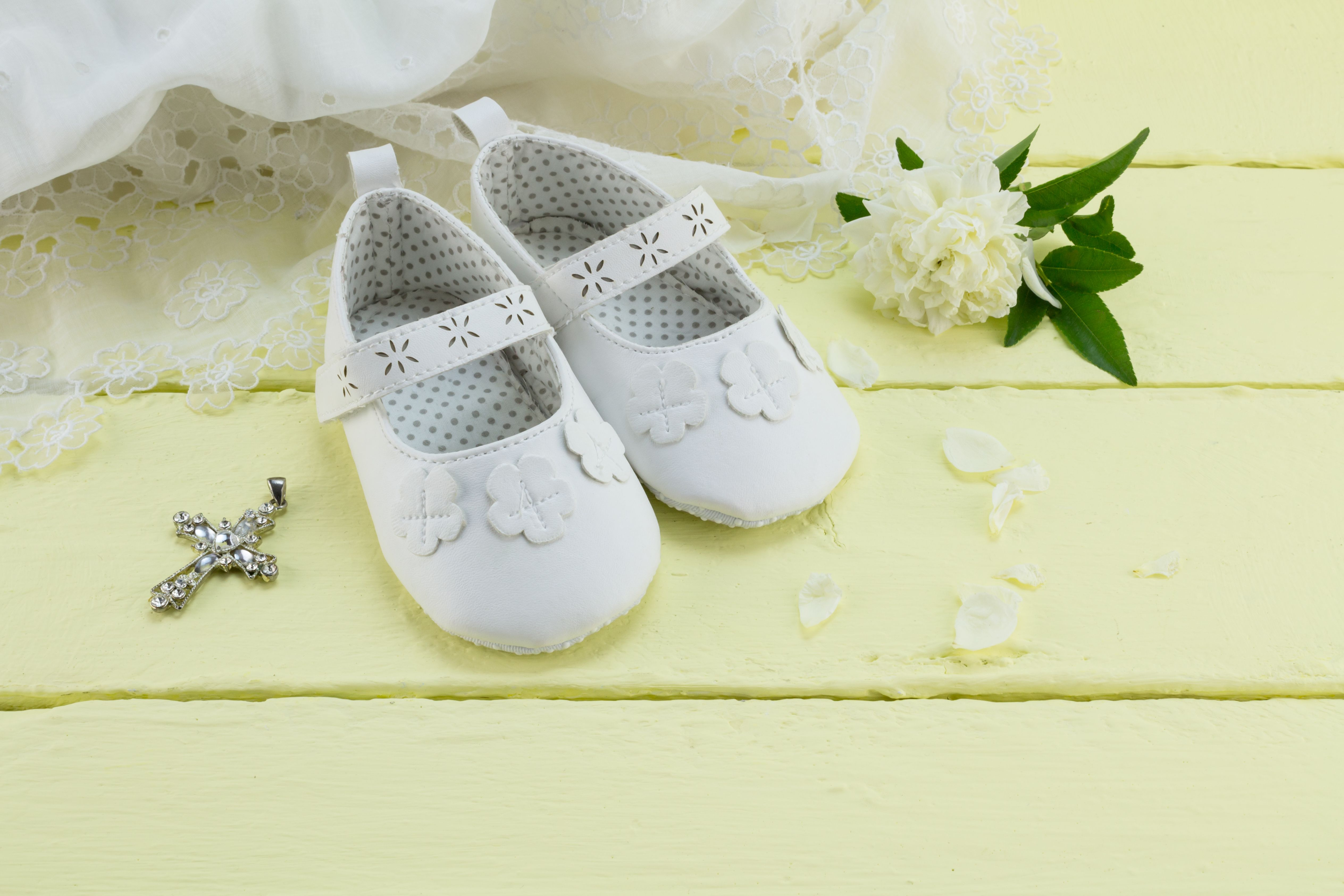 18 Baby Baptism Gift Ideas for Boys and Girls - Unique Christening ...