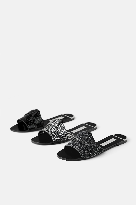 Todas las sandalias de pala planas y marrones de Zara