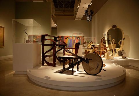 Interior design, Art, Space, Interior design, Exhibition, Percussion, Museum, Visual arts, Picture frame, Membranophone,