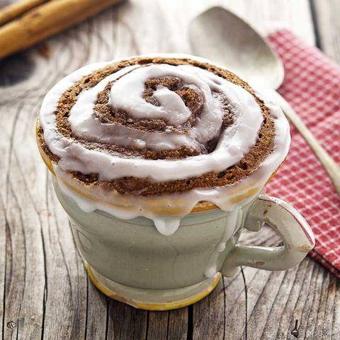 paleo cinnamon role in a mug