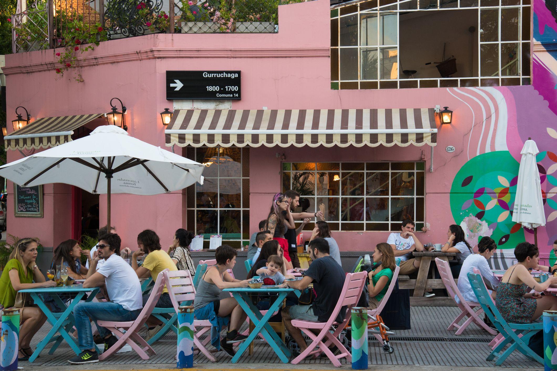 Café en el distrito de Palermo en Buenos Aires