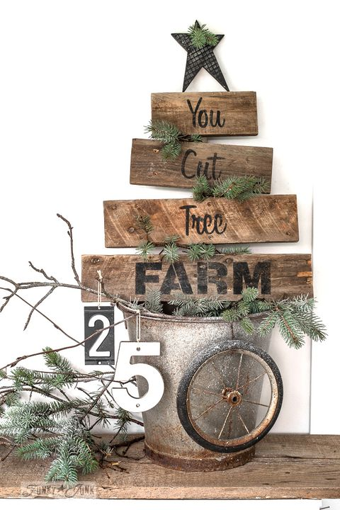 pallet christmas tree sign - Wooden Pallet Christmas Tree
