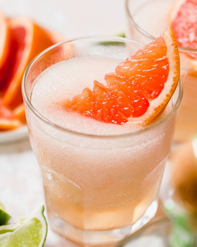The 6 Best Frozen Rosé Recipes Because Summer and Drinking