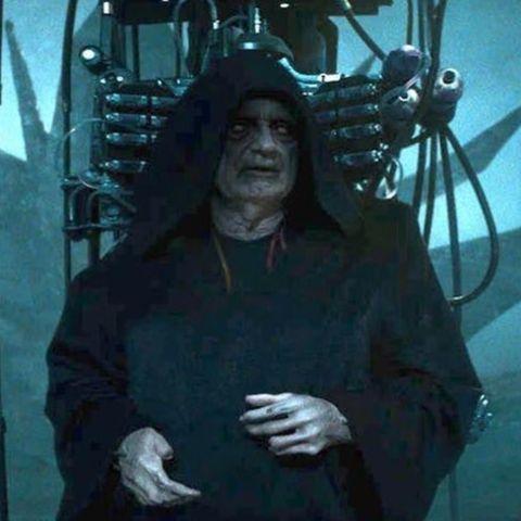 emperor palpatine in the skywalker saga