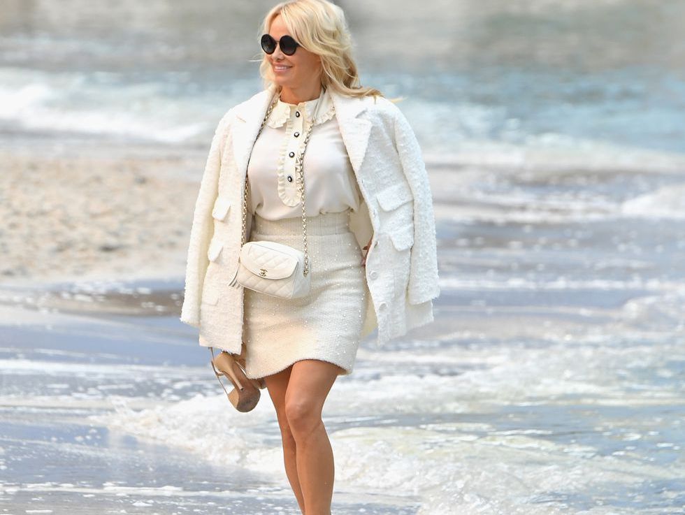 Pamela Anderson In Water At Chanel Show Pamela Anderson Runs In