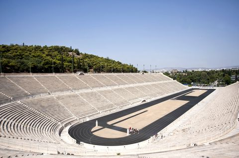 dior 2022早春度假系列大秀線上看!dior移師雅典體育場重啟度假大秀