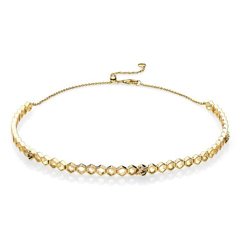 Jewellery, Fashion accessory, Body jewelry, Bracelet, Anklet, Chain, Pearl, Necklace, Circle, Metal,
