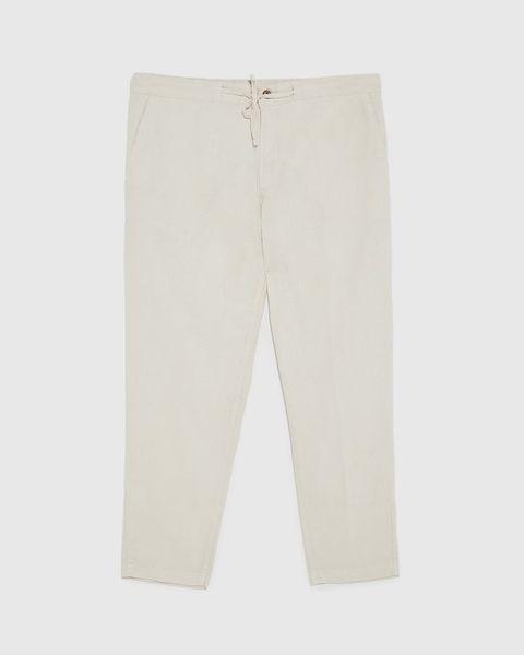 Pantalón modelo Rústico de Zara (29,95 euros)