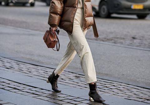 9d06a4c52ffb Pantaloni donna  questi modelli eleganti economici e tendenza moda 2019