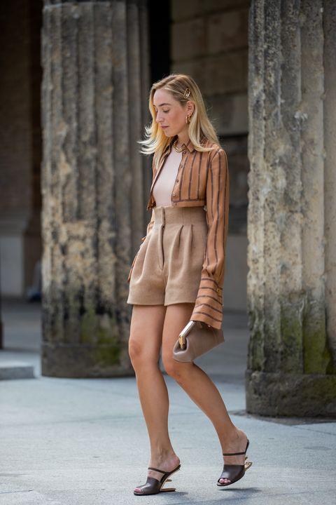 pantaloni larghi corti che sono il top trend moda estate 2021