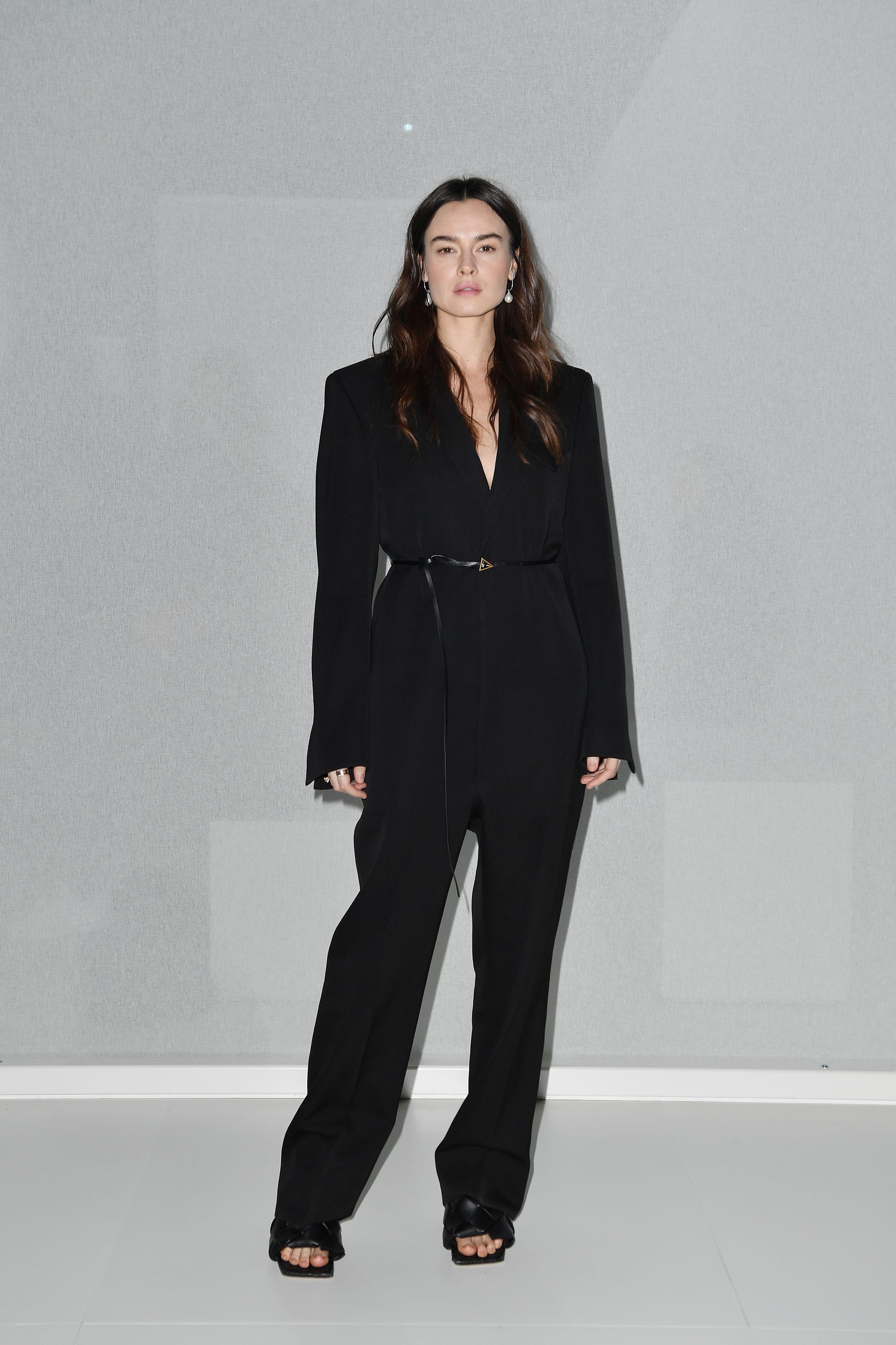 I tailleur pantalone sono l'essenza moda primavera estate 2020