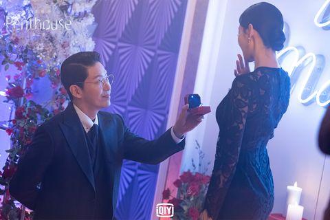 《上流戰爭2》金素妍嫁嚴基俊氣死人!大魔王搭直升機現身吹垮婚禮爽度破表