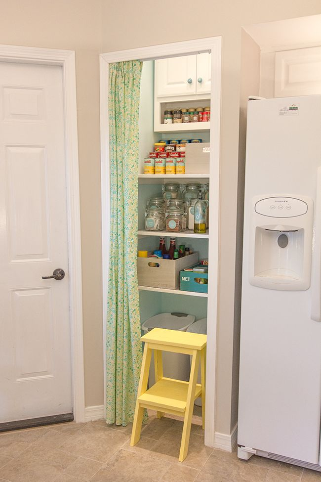 14 Smart Pantry Door Ideas - Types of Pantry Doors