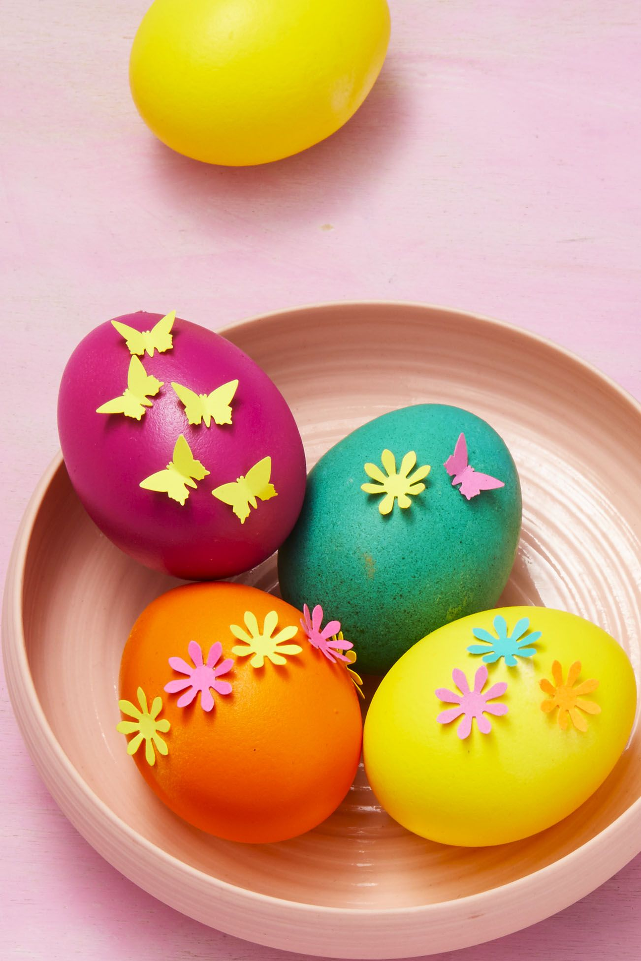 Paper Punch Eggs- Easter Egg Decorating Ideas
