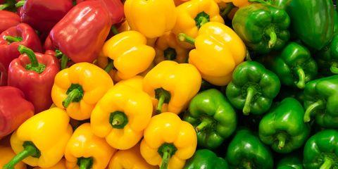 Rode, gele en groene paprika