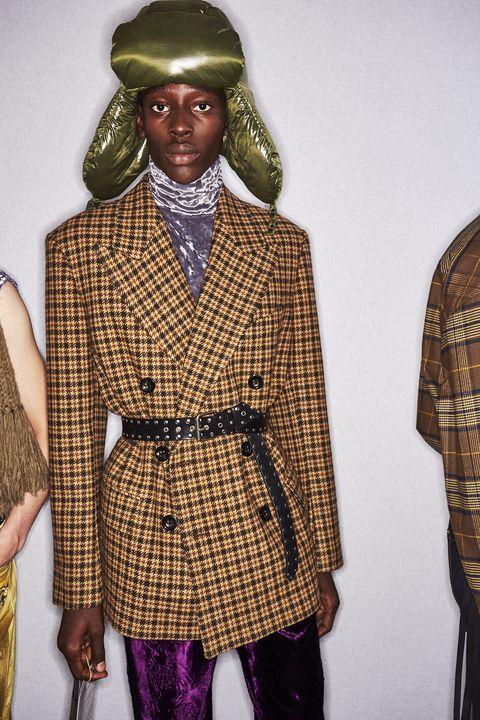 Clothing, Outerwear, Fashion, Plaid, Fashion design, Coat, Design, Headgear, Pattern, Fashion accessory,