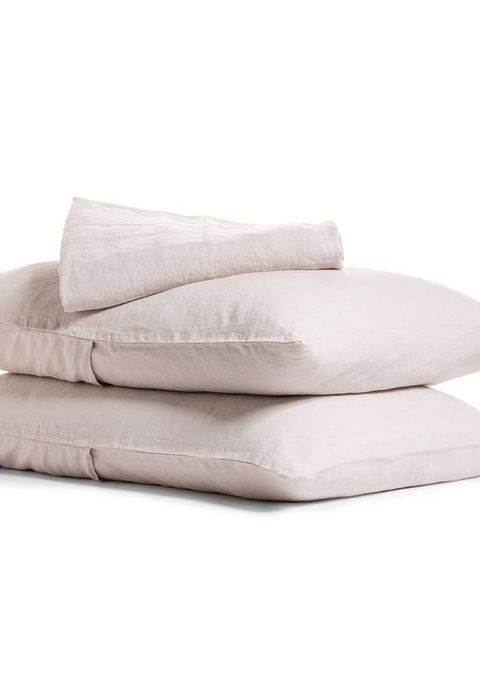 best linen sheets: parachute home linen sheet set